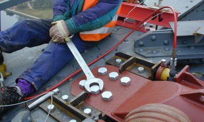 Verstärkung des oberen Windverbandes am Kanalbauwerk