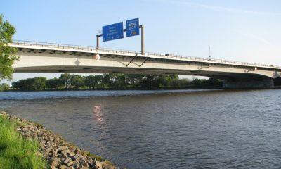 Ansicht der Autobahnbrücke über die Weser