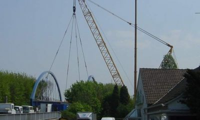 Einheben der Brücke