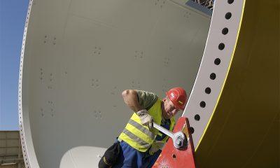 Ringflansch eines Turmschusses für Offshore Windpark Alpha ventus (2008)