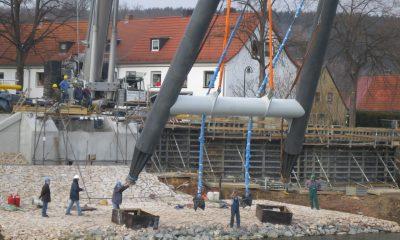 Errichten des Pylons