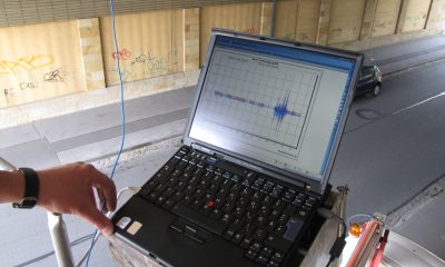 Aufzeichnung von Beschleunigungssignalen direkt am Bauwerk
