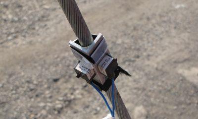 Beschleunigungsaufnehmer an einem Seil
