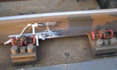 Dehnmessstreifen an der Schiene während der Installation