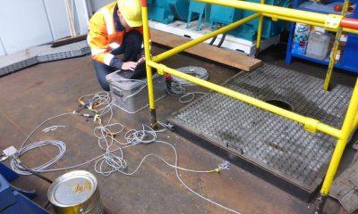 Messtechnik im Maschinenraum auf der Spitze des Pylons